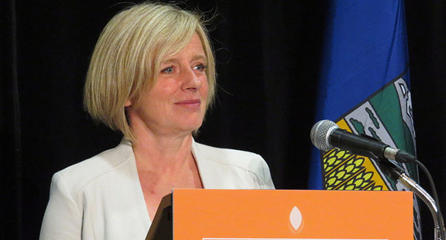 Premier Notley right to reconsider $15 minimum wage