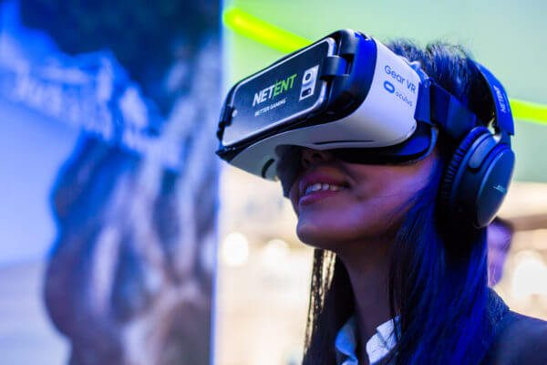 Virtual Reality: Ushering in the intelligent casinos of the future