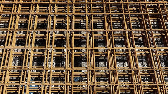 Building permits head in opposite directions in Calgary and Edmonton