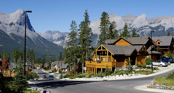 Canmore recreational property prices up 6%