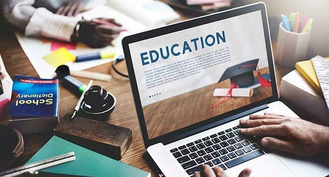 Top 3 advantages of opting for an online degree