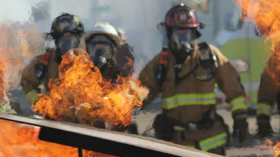Sensor detects when firefighters' protective clothing is no longer safe